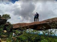 Ponte na trilha das Cavernas Aroe Jari e Lagoa Azul