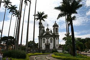 Ir � missa na Igreja de S�o Francisco de Assis
