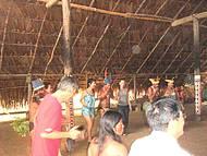 Dançando com os Índios.
