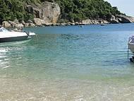 Águas Transparentes e com Muitos Peixes!
