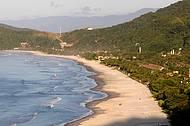 Praia que dá nome à vila é procurada para caminhadas