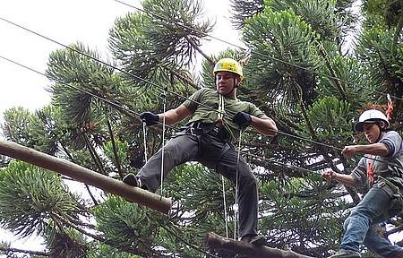 Marido se divertiu fazendo Arborismo em Monte verde