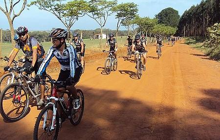estrada Botucatu Pardinho - Cicloturismo na Cuesta de Botucatu