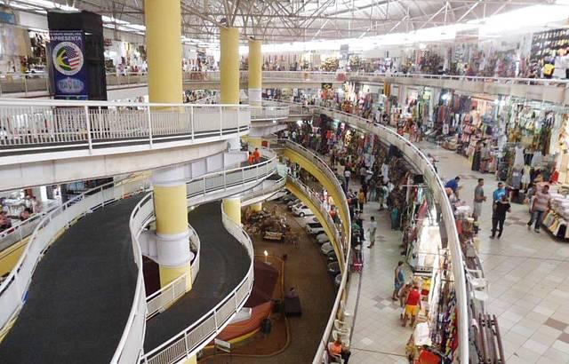 Ótimo lugar pra quem quer levar lembranças do Ceará por um bom preço.