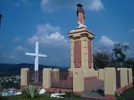 Uma Grande Cruz,monumento,e um Lindo Visual