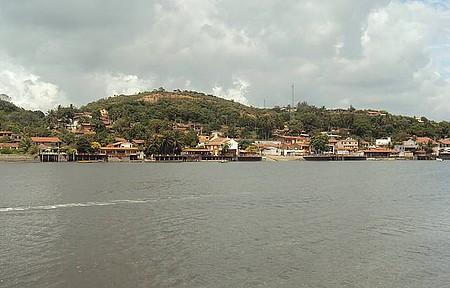 Rio de agua doce em Pontal com Maria Farinha