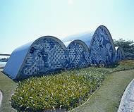 Mosaicos de Portinari incrementam igreja de S�o Francisco de Assis