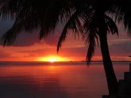 Lindo nascer do sol - Praia da Catita - Ilha de Jaguanum