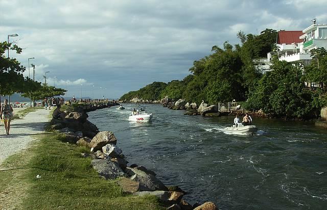 Vista panor�mica do Canal da Barra da Lagoa