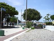 Píer com passeio de barcos por onde os Portugueses chegaram [local pouco seguro]