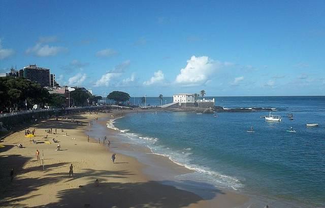 Vista do Forte de Santa Maria e da Praia Porto da Barra
