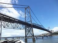 Ponte Herc�lio Luz - Cart�o postal da Ilha da Magia