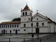 Colégio Anchieta, no centro da Capital, é pura história...!