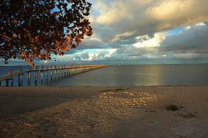 Praia do Laranjal: Lagoa dos Patos foma aconchegantes recantos -