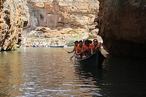 Passeio de barco ao c�nion do Xing� (Rio S�o Francisco)