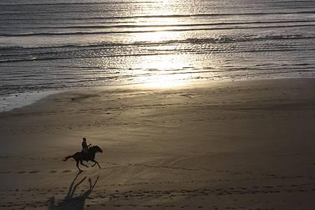 Praia de Jericoacoara - Mar de água morna é mais um tesouro do destino
