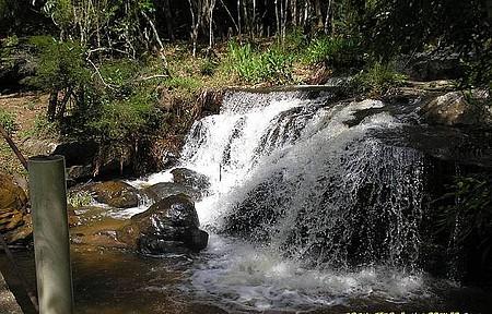 Cachoeira Ninho da Águia - Ducha natural