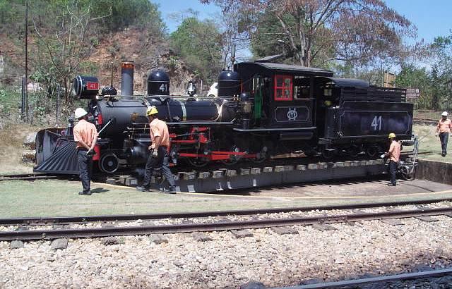Bel�ssimo Trem Que Transporta Passageiros de S�o Jo�o Del Rei para Tiradentes