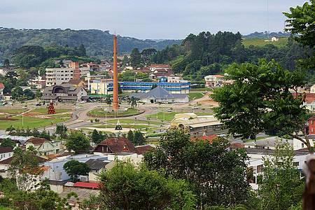 Praça do Imigrante - Vista panorâmica do centro da cidade.