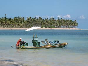 Circulando pelo Litoral Norte de Alagoas: Mordomia no passeio de jangada  -