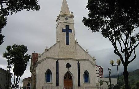 Catedral de Santo Antônio - Linda Catedral no Centro da cidade.