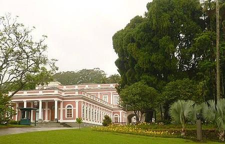 Museu Imperial - Apreciando os jardins
