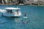 Ilha dos Papagaios � um dos melhores points para mergulho de cilindro