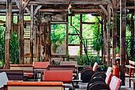 No interior, rusticidade e cultura
