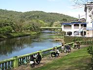Rio Nhundiaquara. Que lugar agradável!
