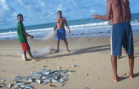 Praia do Sagi - Pescadores na Praia