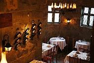 Ambiente aconhegante é perfeito para um jantar a dois