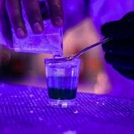 Até copos são feitos de gelo