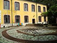 Biblioteca Municipal no Interior da Brasital
