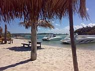 A Barra e Seus Turistas Apaixonados por Essas Águas Tão Calmas.