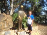 Estátua em homenagem a Santos Dumont