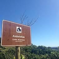 Placa informa limite de visitantes