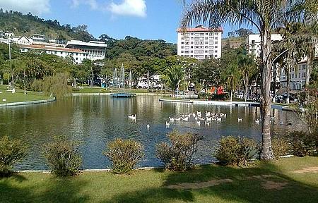 Praça Adhemar de Barros - Vista parcial do parque