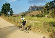 Trilhas planas são perfeitas para pedalar