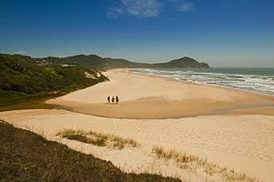 Praia do Rosa: Combinação perfeita da natureza<br>