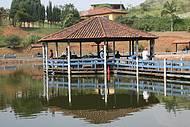 Lindo quiosque no meio da lagoa