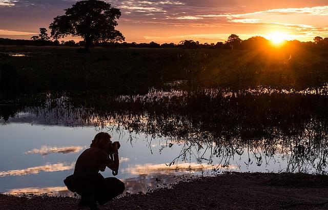 Pôr do sol no Pantanal é puro encanto