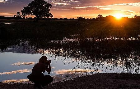 Viagens podem ser úteis na hora de buscar emprego - Pôr do sol no Pantanal é puro encanto