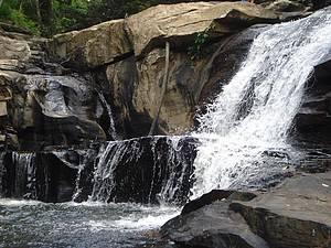 Tomar banho de cachoeira: Ceará também revela belas quedas d´água! -