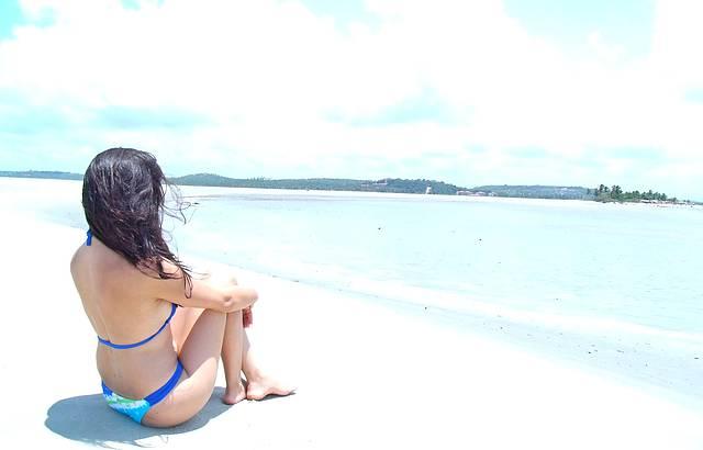 Observando a Ilha de Itamaracá.