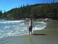 Boas condições de surf. Entrada pelas pedras.