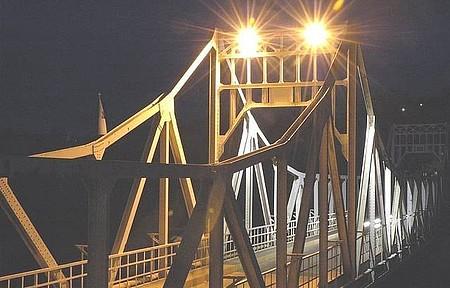Ponte Metálica - Vista Noturna