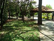 Largo dos Mendes, Área Central