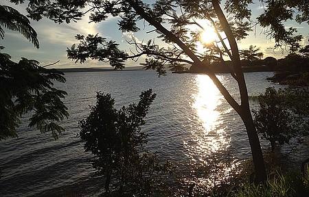 Beira Lago - Pôr do sol do local