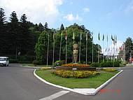 A rotatória da Praça das Bandeiras.