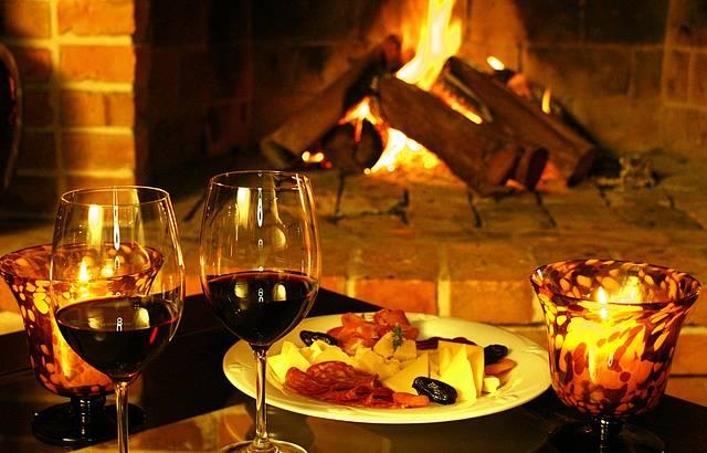 Vinho sempre acompanha a boa mesa